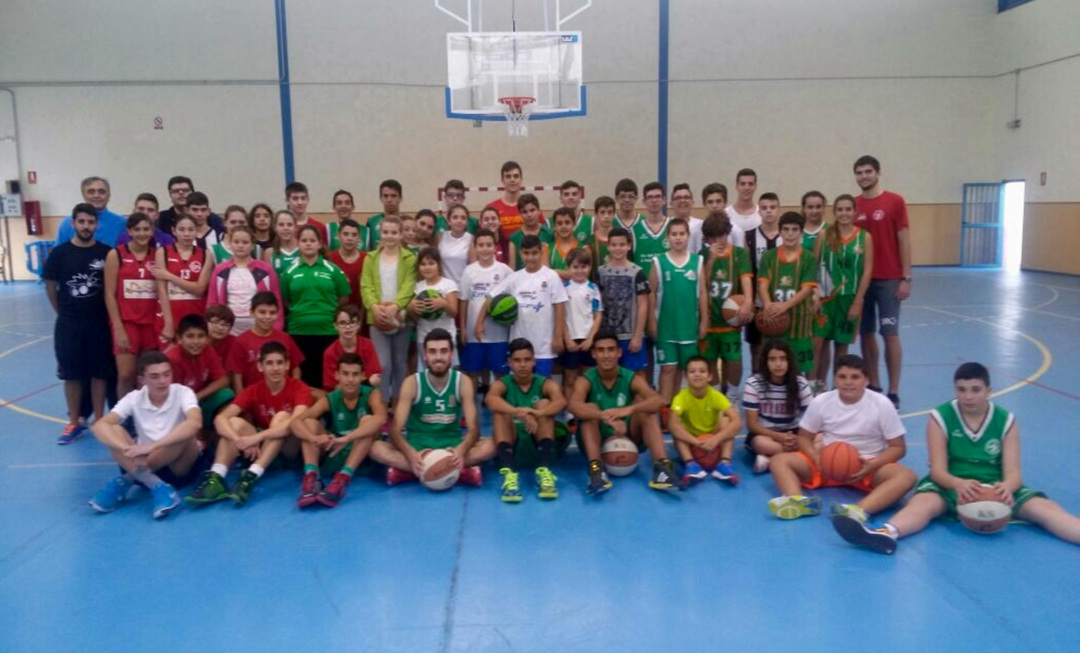 El 'Campus Basket Summer La Gomera', a 10 inscritos de completar su cupo